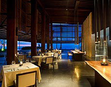 Dining Cotta at Alila Villas Soori