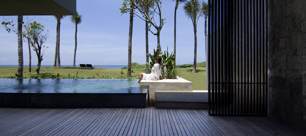 Luxury Villa in Bali with Beach Front Views